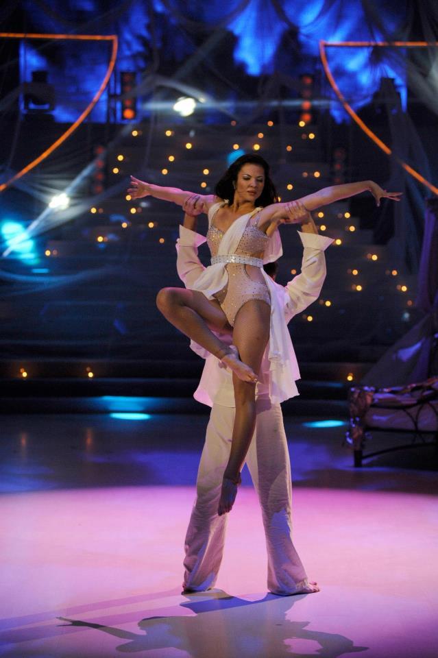 Попфолк дивата Райна влиза в Dancing Stars